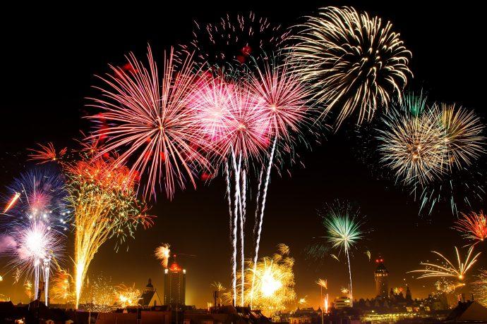 小名浜港の夜空を彩る歴史ある花火大会